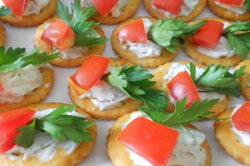 Beyaz Peynirli Kanape