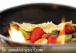 Meyveli Omlet Tarifi