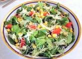 Mozarella Peynirli Salata