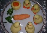 Patatesli Civcivler Ve Patates Çanağında