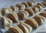 Tarcinli Minik Cörekler Tarifi