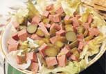 Turşulu Salam Salatası Tarifi
